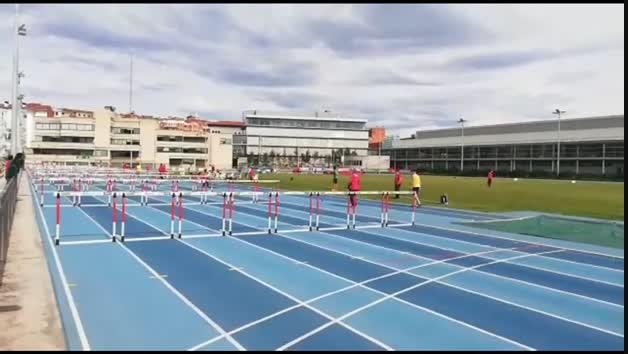 Asier Martínez iguala el récord navarro de los 100 metros vallas