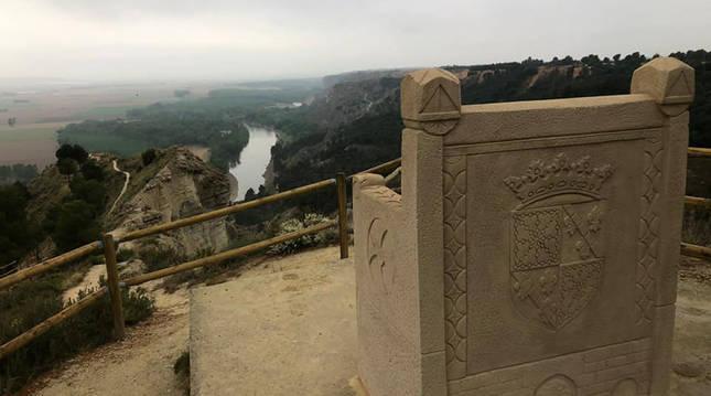 El trono mirador en el Barranco del Rey