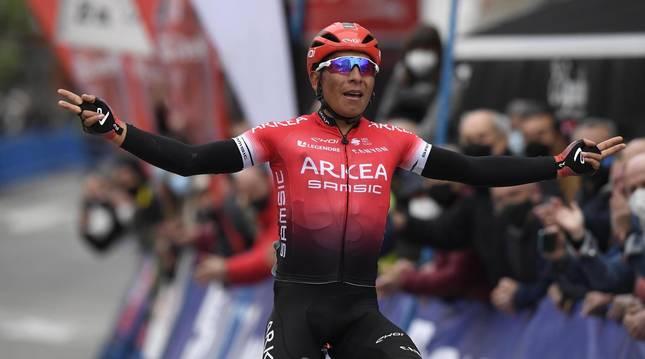 Victoria de Nairo Quintana en la primera etapa de la Vuelta a Asturias 2021.