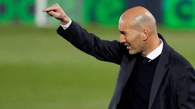 Zinedine Zidane, en el partido del Real Madrid contra Osasuna.