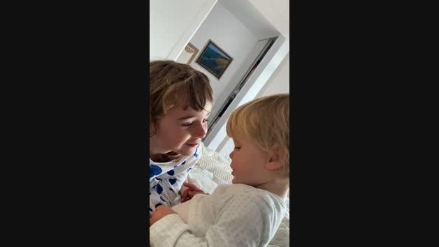 Video difundido por la madre de las niñas desaparecidas en Tenerife