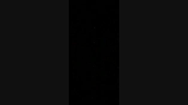 Paso de los satélites de SpaceX desde el cielo de Tierra Estella