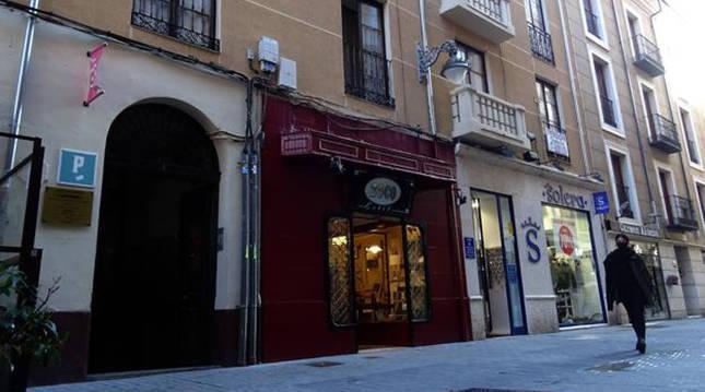 Pensión de la calle Montero Calvo, en Valladolid, donde fue hallado el cuerpo de la víctima.