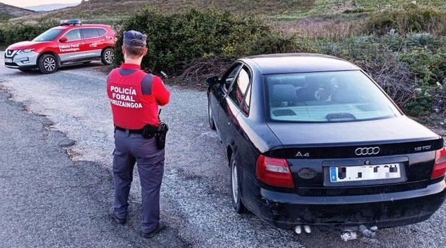 Control de la Policía Foral en Lodosa.