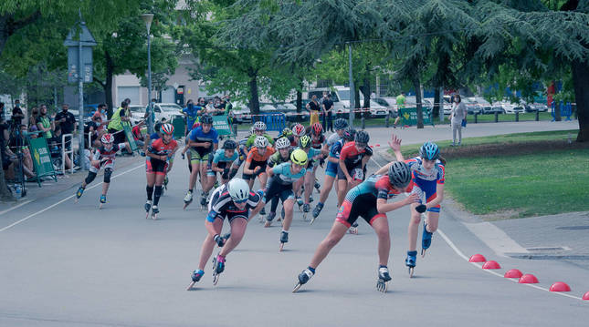 Varios corredores durante una de las pruebas celebradas el sábado en Antoniutti.