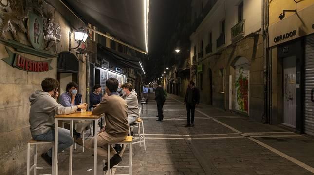 Fotos de las terrazas de Pamplona tras el fin del toque de queda