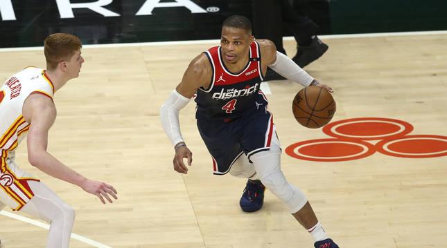 Russell Westbrook en el partido entre Washington Wizards y Atlanta Hawks.