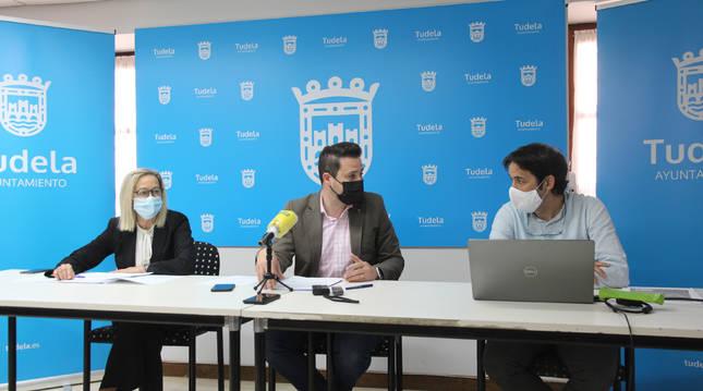 Agüera, Toquero y Xabier Soto, en la presentación.