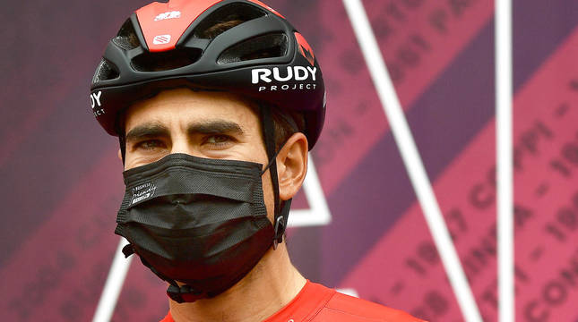 Mikel Landa, en al salida de la quinta etapa del Giro de Italia 2021.