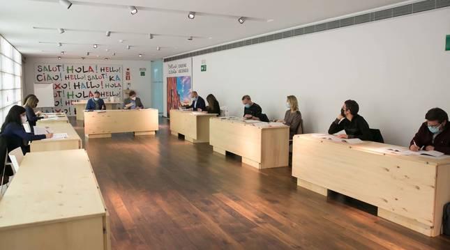 Primera reunión del Observatorio Local de Democracia Participativa de Pamplona.