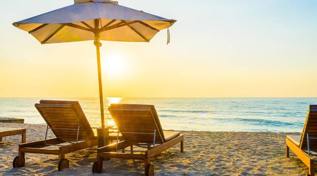 Puesta de sol en la playa.