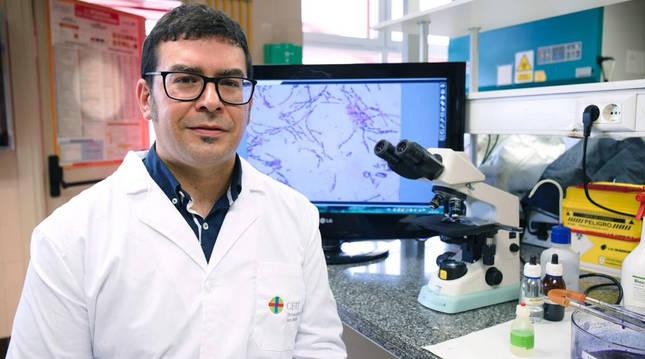El virólogo de la Facultad de Farmacia de la Universidad CEU San Pablo Estanislao Nista