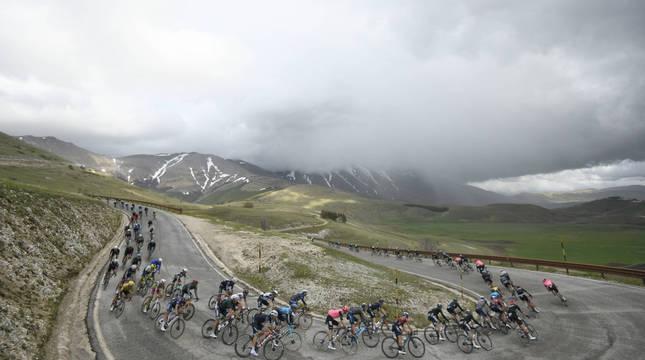 Imagen de la sexta etapa del Giro de Italia, disputada este jueves.