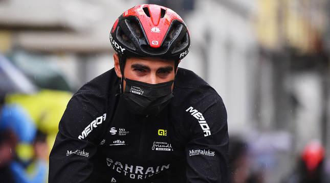 Mikel Landa durante una etapa del Giro de Italia 2021, antes de su abandono.