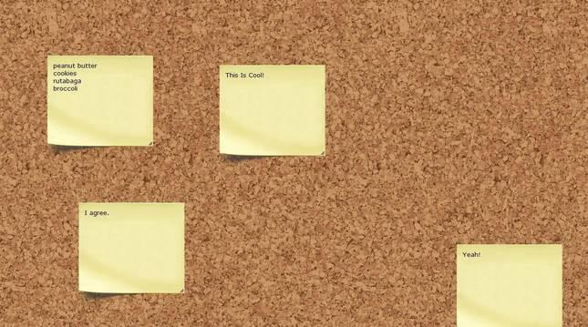 Notas de Post-it en un tablón de corcho.