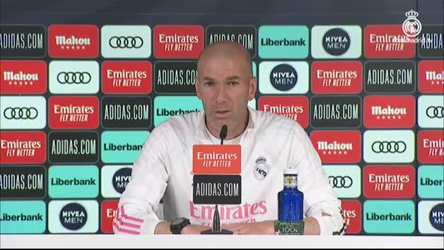 """Vídeo: Zidane, sobre su futuro: """"Puede pasar de todo, esto es el Real Madrid"""""""