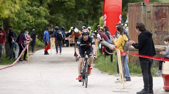 Fotos de la Half Triathlon Pamplona-Iruña de este sábado