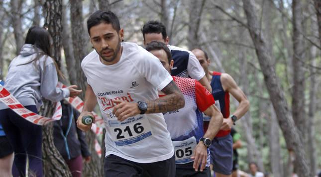 Jesús Mari Alegría, vencedor en la carrera de 20 kilómetros, en los primeros compases de la carrera.