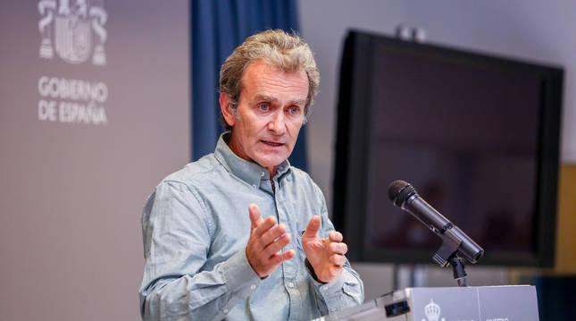 El director del Centro de Alertas y Emergencias Sanitarias (CAES), Fernando Simón, durante la comparecencia para informar sobre el avance de la pandemia por COVID-19