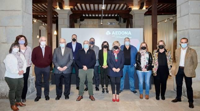 El Ayuntamiento ha valorado el trabajo de AEDONA como un complemento al esfuerzo municipal para fomentar la práctica deportiva en la ciudad.