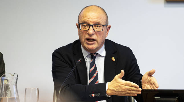 Carlos Gimeno Gurpegui, consejero de Educación del Gobierno de Navarra.