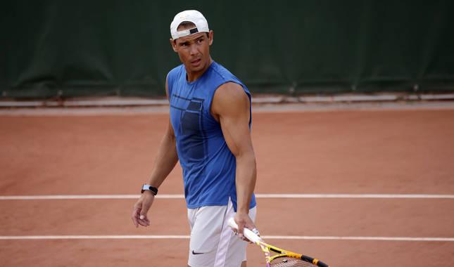 Rafa Nadal, este jueves preparando su participación en Roland Garros.