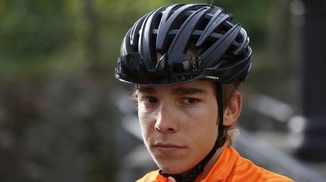 El leitzarra Ibai Azurmendi quiere firmar un buen final de temporada con el Euskaltel-Euskadi a pesar de los problemas que ha tenido.
