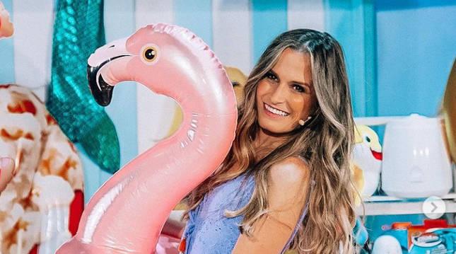 La influencer navarra Estefania Unzu, Verdeliss, durante el rodaje de su nueva programa de televisión.