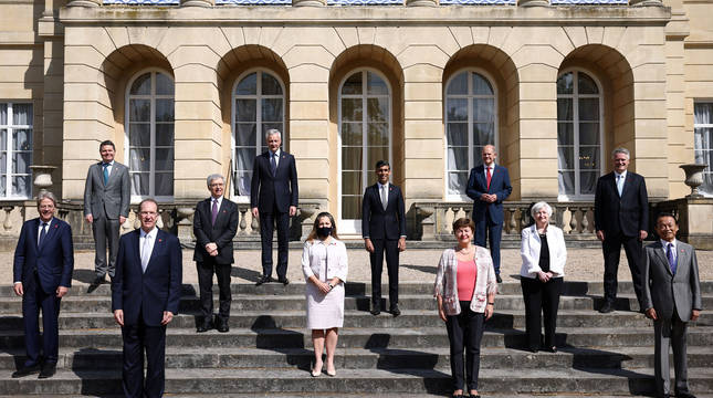 Foto de familia de los ministros de Finanzas del G7.