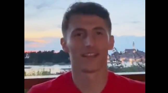 Ante Budimir, en el vídeo que envió desde la concentración con Croacia tras su fichaje por Osasuna.
