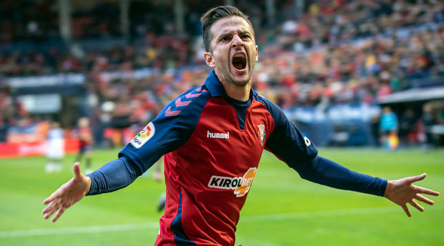 El futbolista Juan Villar, cuando jugaba en Osasuna.