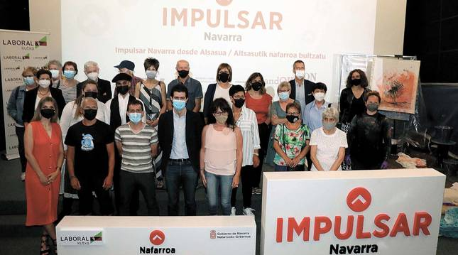 Participantes y asistentes a la sesión de ayer por la tarde de 'Impulsar Navarra', auspiciado por Diario de Navarra.
