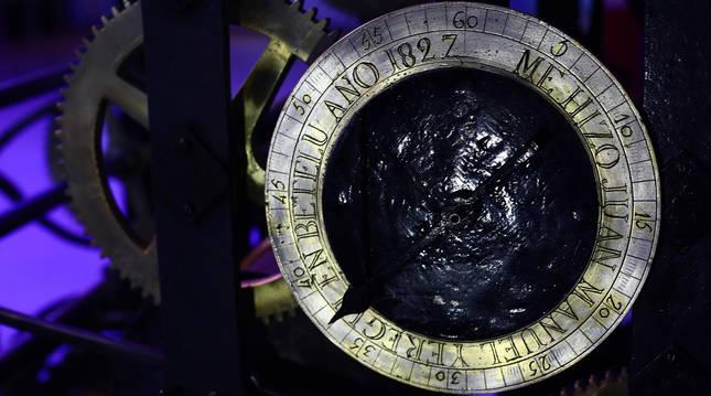 El reloj de Juan Manuel Yeregui, expuesto en el Planetario.