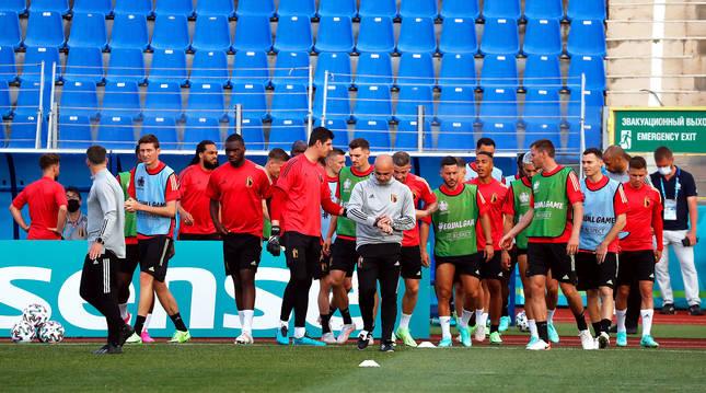 los belgas se entrenan en el estadio de San Petesburgo la previa del estreno en la Eurocopa 2020 contra Rusia.