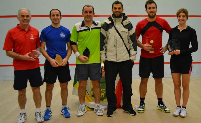 Mintxo Ilundain, Javier Cabezudo, Mikel Casares, Eduardo Razquin, Jon Arregui y Rosa Andres, campeones del torneo
