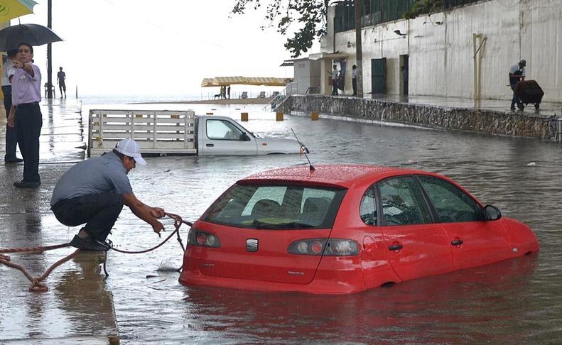 El ciclón 'Bárbara' pasa por México  EFE