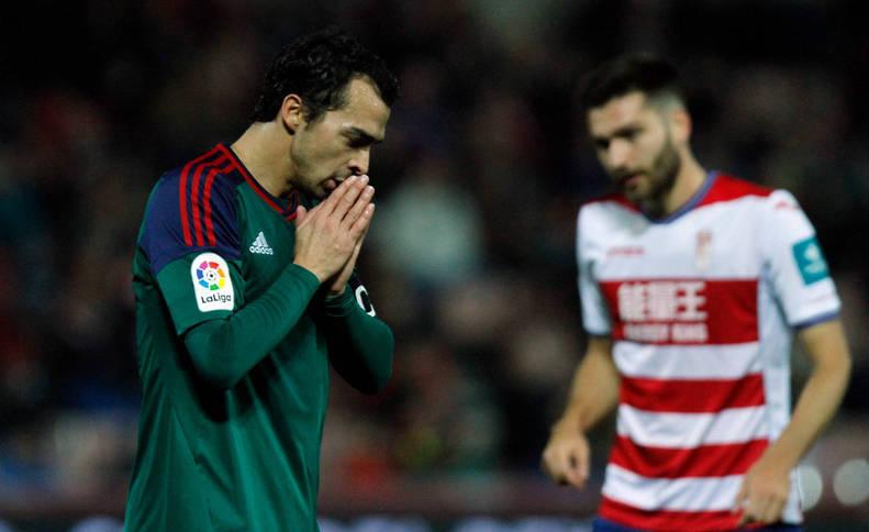 De las Cuevas durante el partido ante el Granada en dieciseisavos de Copa