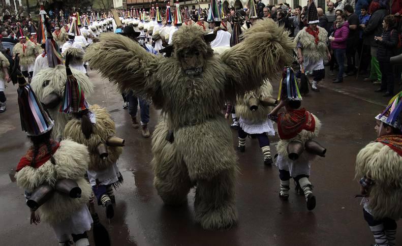 Imágenes del carnaval de Ituren y Zubieta.