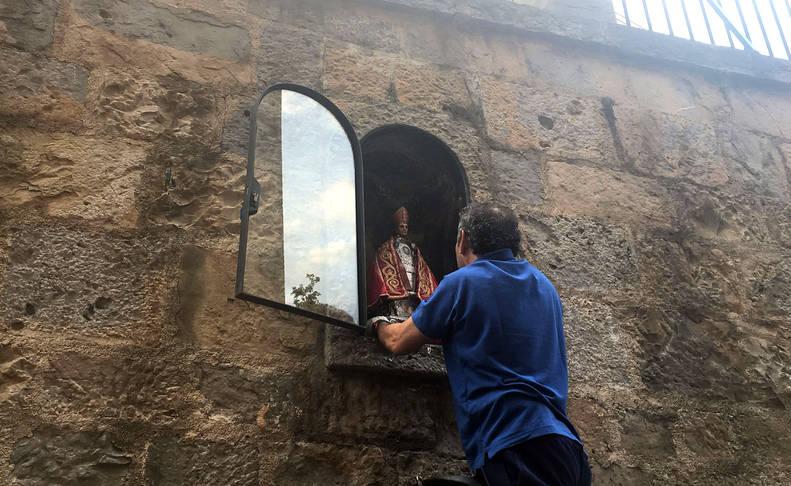 Momento en el que la imagen de San Fermín regresa a Santo Domingo.