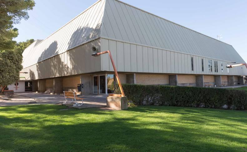 Imagen exterior del Polideportivo Municipal Ciudad de Tudela.