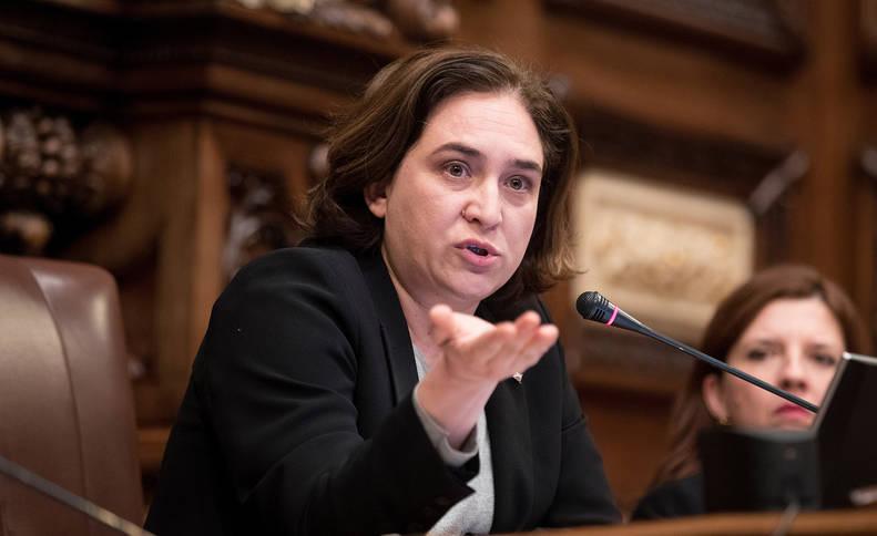 Ada Colau, en la sesión en el Ayuntamiento de Barcelona.