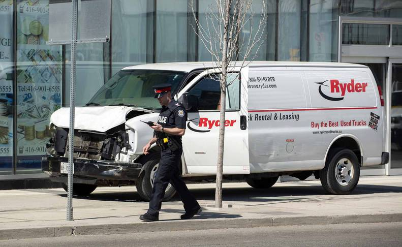 Imágenes del atropello mortal que ha dejado nueve personas fallecidas en Toronto.