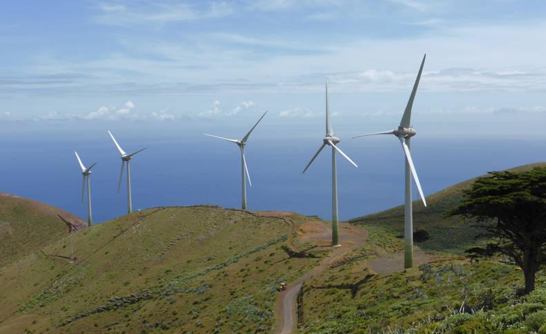 Parque eólico en el isla de El Hierro.