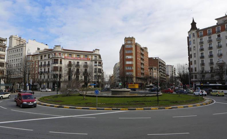 Una vista de la Plaza Príncipe de Viana en el II Ensanche pamplonés.