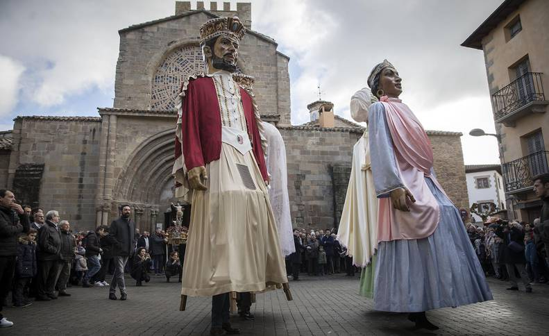 Sangüesa celebra la fiesta de San Sebastián