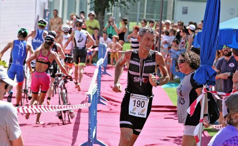 Foto del público, que animó durante todo el recorrido a los atletas del XXIII Triatlón Olímpico.