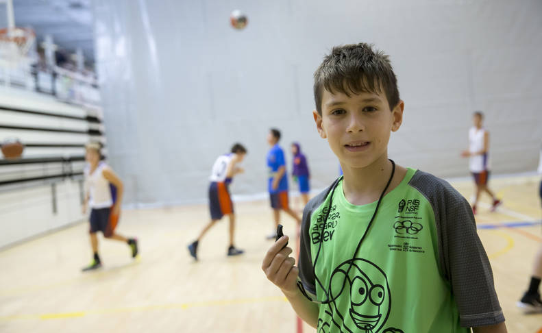 Aitor Valencia, del club baloncesto Noáin, durante los partidos del sábado en Arrosadía, en los que se implementó el arbitraje participativo.
