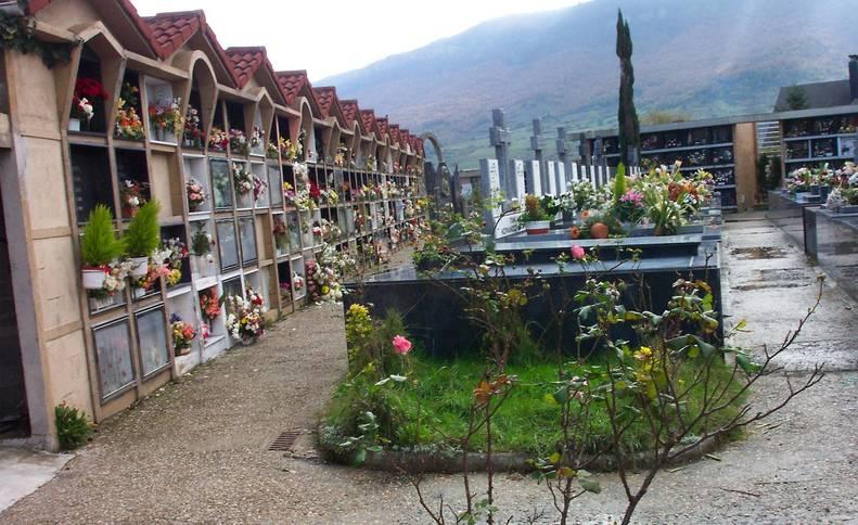 Imagen de archivo de una parte del cementerio de Alsasua.