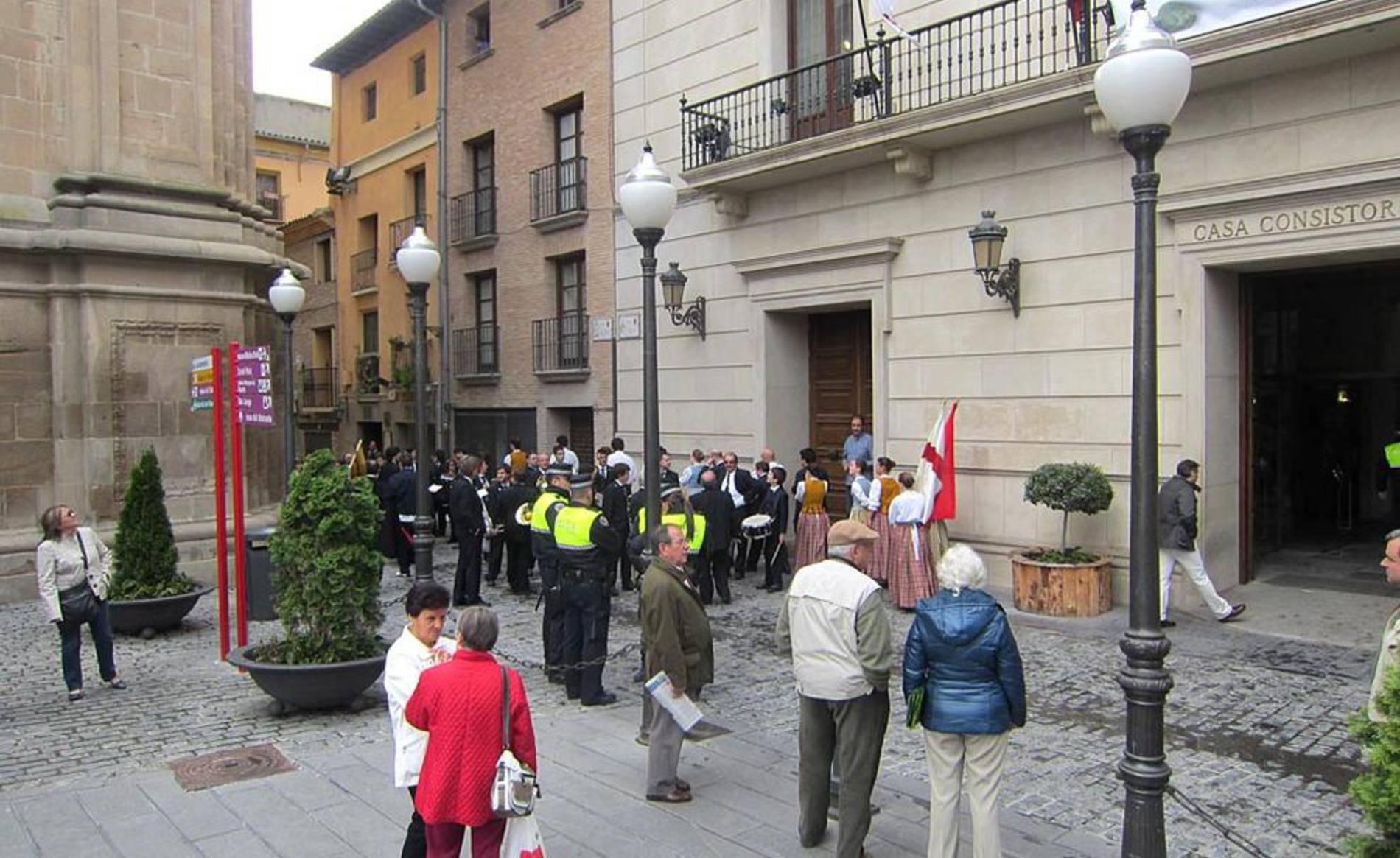 Imágenes de este sábado 5 de mayo de la marcha por Tudela de la Orden del Volatín