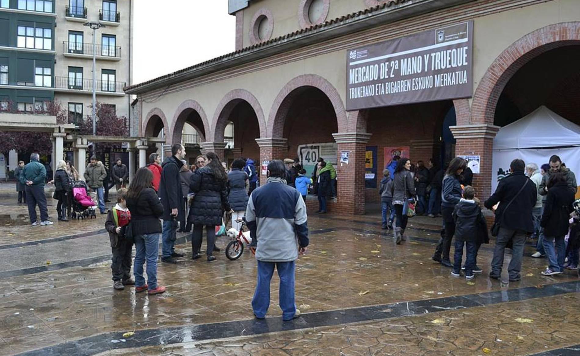 Mercado del trueque y segunda mano en Huarte